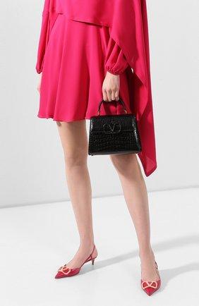 Женская сумка valentino garavani vsling из кожи аллигатора VALENTINO черного цвета, арт. TW2B0F53/XDE/AMIS | Фото 2
