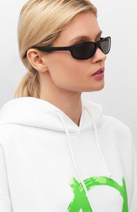 Женские солнцезащитные очки CARRERA черного цвета, арт. CARRERA 5052 003 | Фото 2