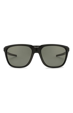 Мужские солнцезащитные очки OAKLEY черного цвета, арт. 9420-942001   Фото 3