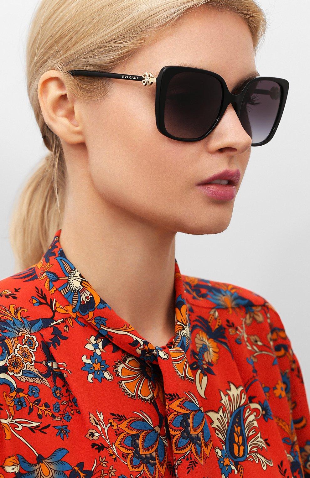 Женские солнцезащитные очки BVLGARI черного цвета, арт. 8225B-501/8G | Фото 2