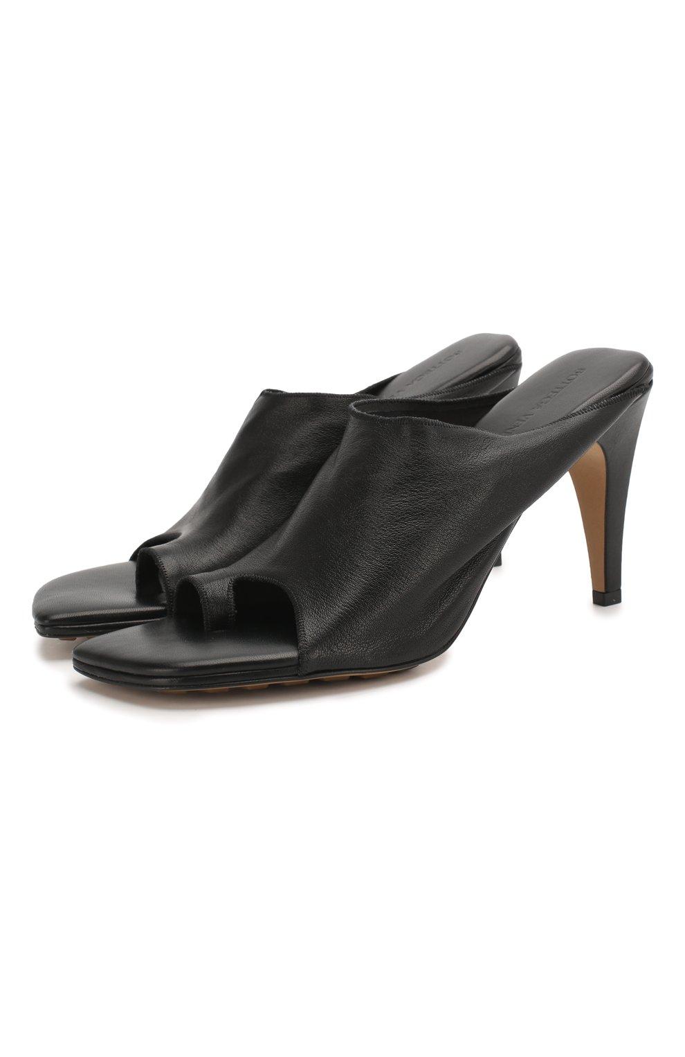 Женские кожаные мюли BOTTEGA VENETA черного цвета, арт. 618760/VBS00 | Фото 1
