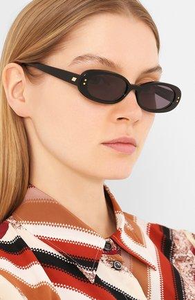 Женские солнцезащитные очки LE SPECS черного цвета, арт. THE 0UTLAW/1926334   Фото 2 (Тип очков: С/з; Оптика Гендер: оптика-женское; Очки форма: Овальные)