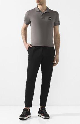 Мужской хлопковые брюки STONE ISLAND черного цвета, арт. 7215309WA | Фото 2