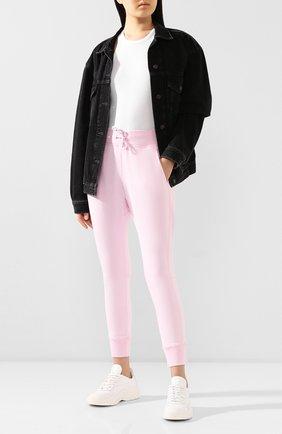 Женские хлопковые джоггеры DSQUARED2 розового цвета, арт. S73KA0473/S25030 | Фото 2