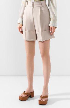 Женские шерстяные шорты LOW CLASSIC бежевого цвета, арт. L0W20SS_PT17LB   Фото 3 (Женское Кросс-КТ: Шорты-одежда; Материал внешний: Шерсть; Длина Ж (юбки, платья, шорты): Мини; Стили: Кэжуэл)
