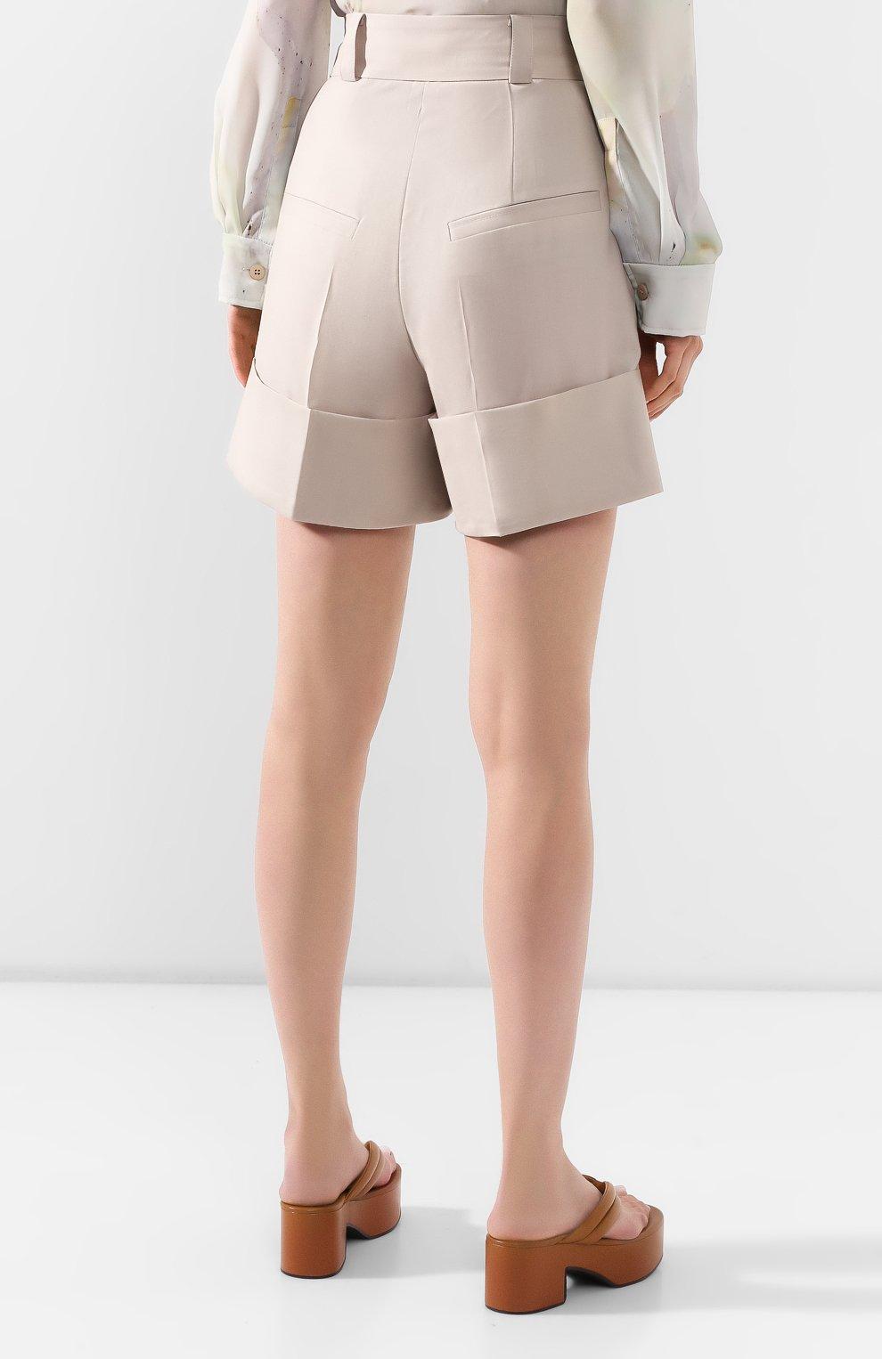 Женские шерстяные шорты LOW CLASSIC бежевого цвета, арт. L0W20SS_PT17LB   Фото 4 (Женское Кросс-КТ: Шорты-одежда; Материал внешний: Шерсть; Длина Ж (юбки, платья, шорты): Мини; Стили: Кэжуэл)