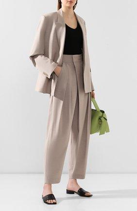 Женские брюки LOW CLASSIC бежевого цвета, арт. L0W20SS_PT07BE   Фото 2