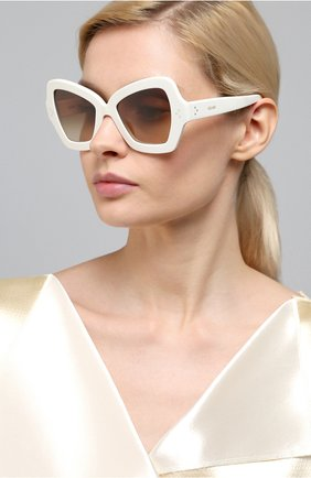 Женские солнцезащитные очки CELINE EYEWEAR белого цвета, арт. 40067I | Фото 2