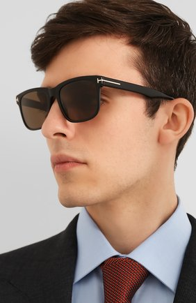 Мужские солнцезащитные очки TOM FORD черного цвета, арт. TF775 | Фото 2