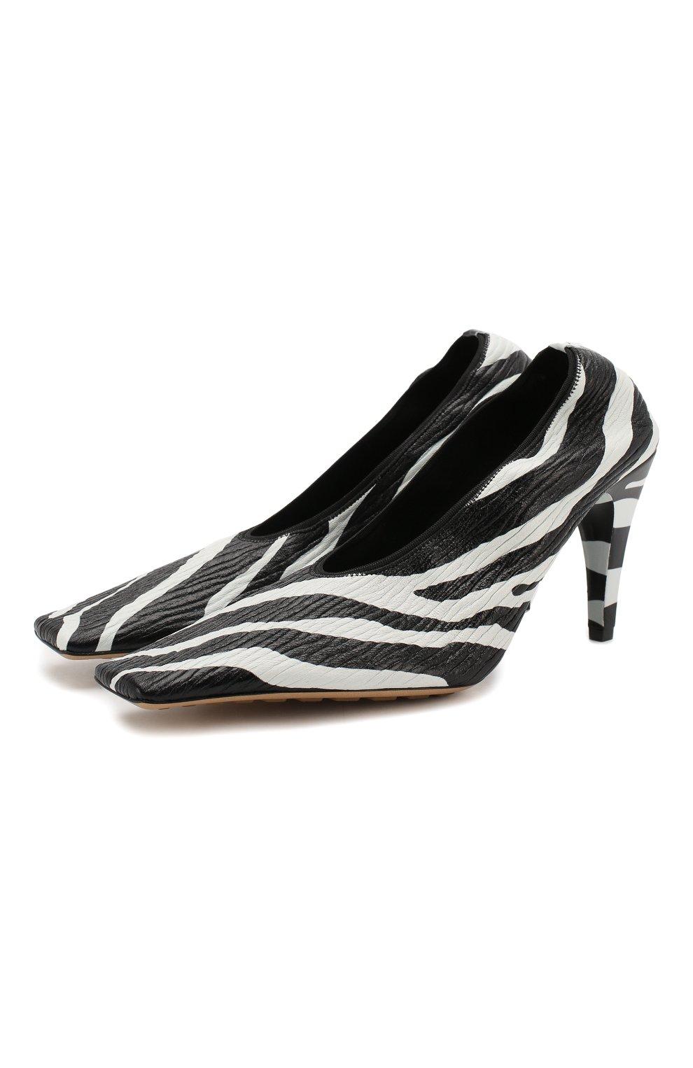 Женские кожаные туфли BOTTEGA VENETA черно-белого цвета, арт. 618782/VBTH0 | Фото 1