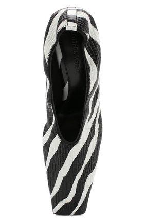 Женские кожаные туфли BOTTEGA VENETA черно-белого цвета, арт. 618782/VBTH0 | Фото 5