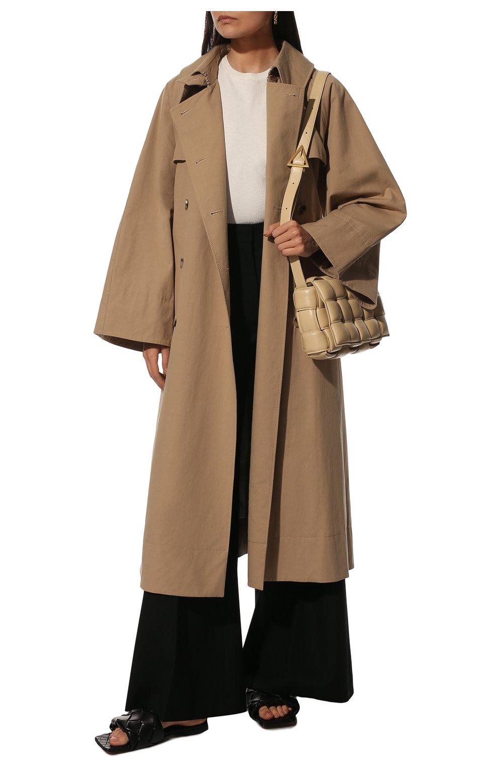 Женские кожаные шлепанцы BOTTEGA VENETA черного цвета, арт. 608853/VBSS0   Фото 2