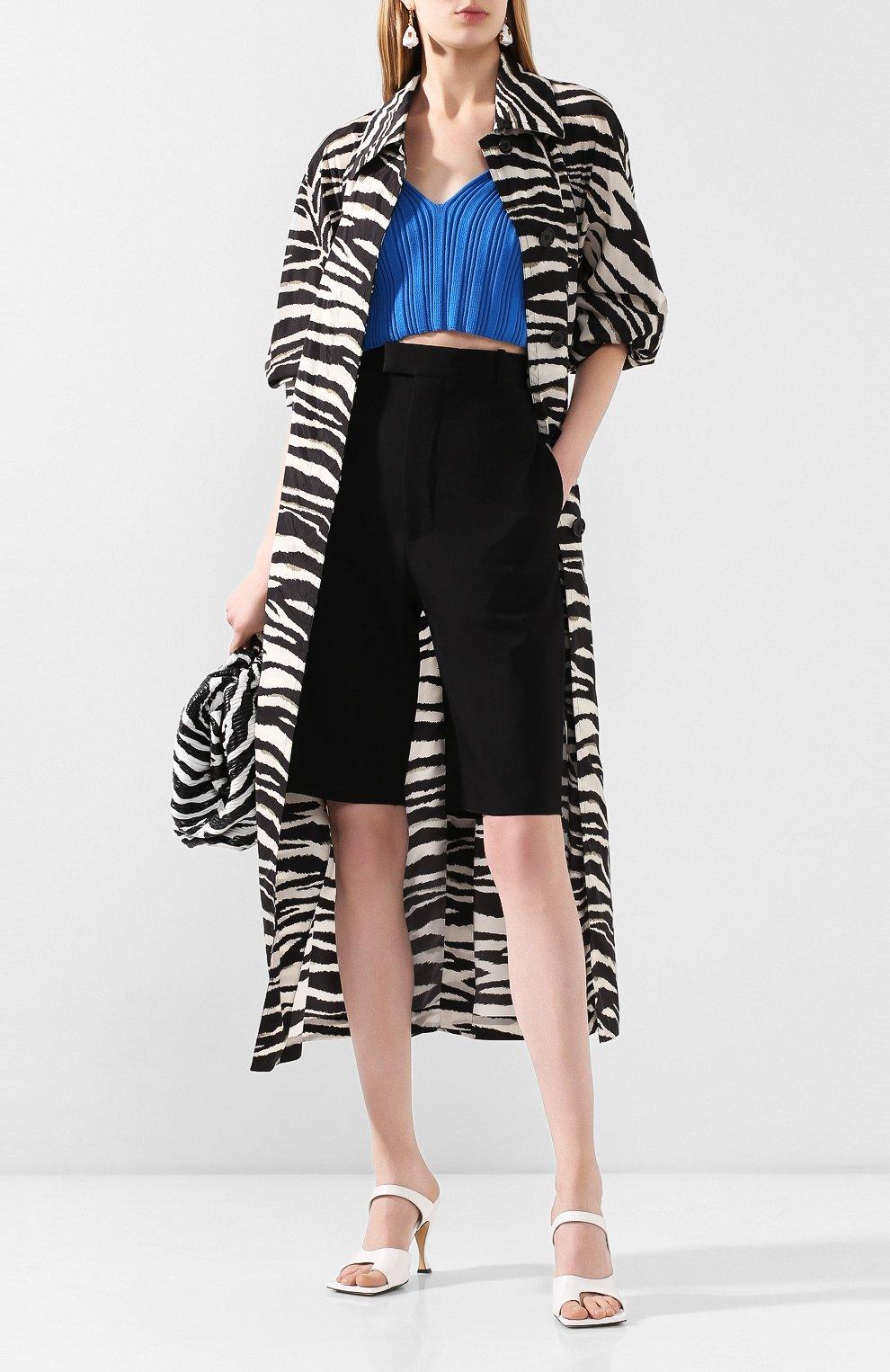 Женские шерстяные шорты BOTTEGA VENETA черного цвета, арт. 618531/VKPZ0 | Фото 2