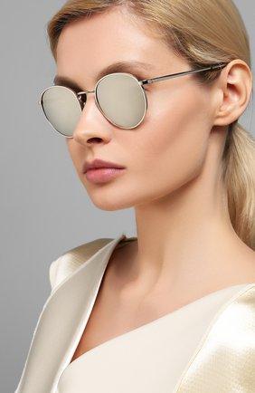 Женские солнцезащитный очки CELINE EYEWEAR серебряного цвета, арт. 40100U | Фото 2