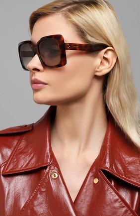 Женские солнцезащитные очки CELINE EYEWEAR коричневого цвета, арт. 40096I | Фото 2