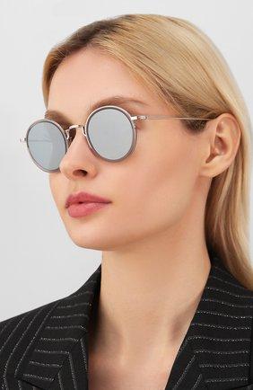 Женские солнцезащитные очки THOM BROWNE серого цвета, арт. TB-906 SUN-03 | Фото 2