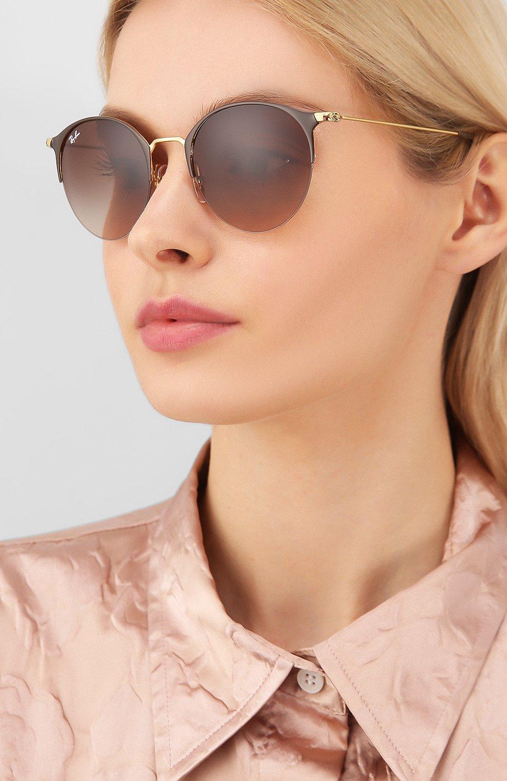Женские солнцезащитные очки RAY-BAN коричневого цвета, арт. 3578-900913 | Фото 2