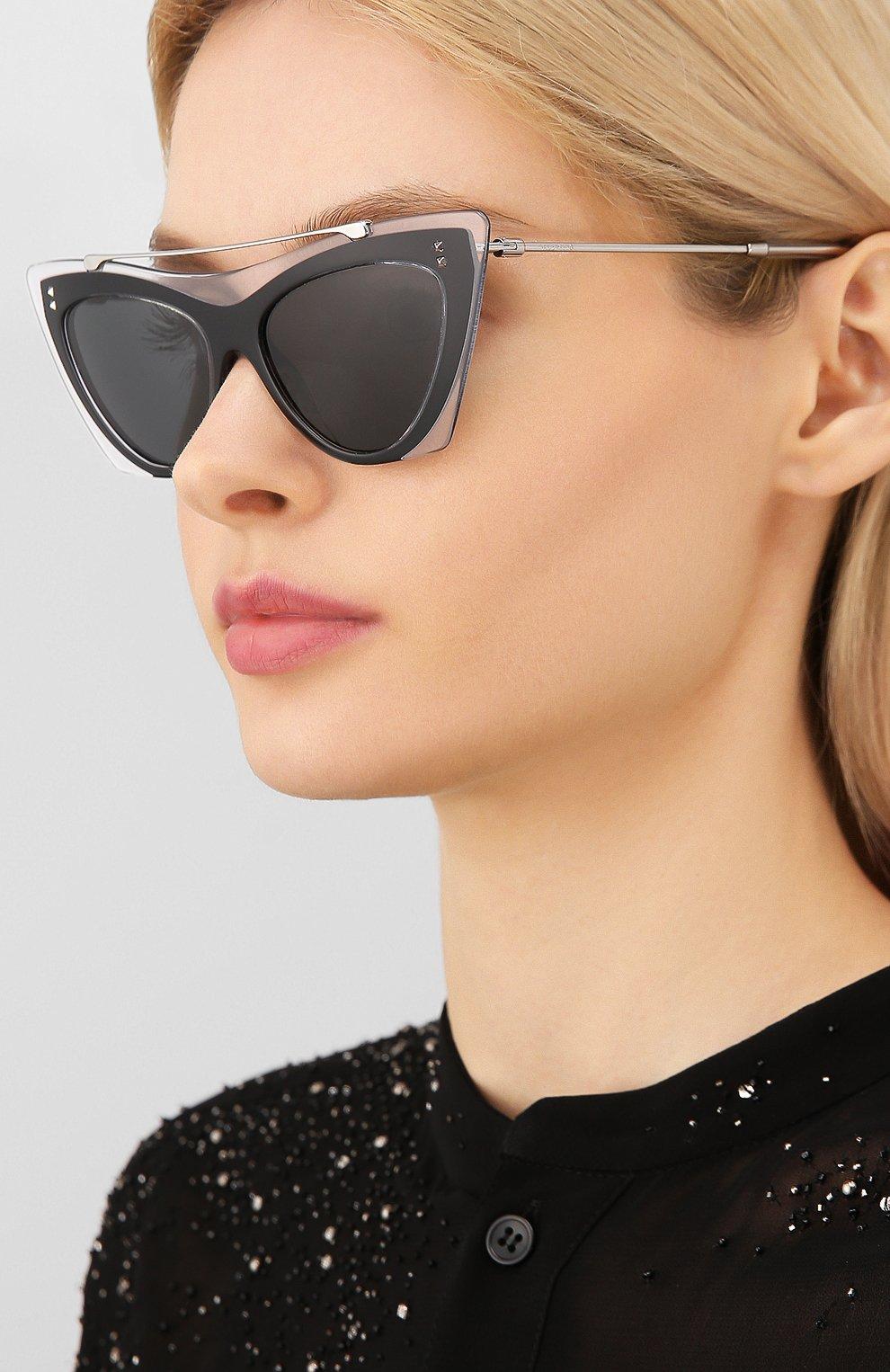 Женские солнцезащитные очки VALENTINO черного цвета, арт. 4041-509987 | Фото 2