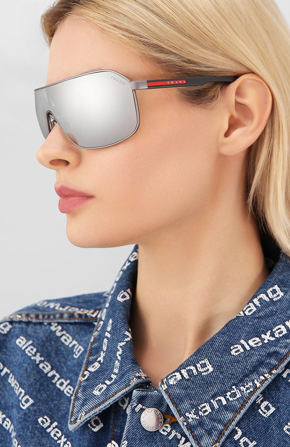 Женские солнцезащитные очки PRADA LINEA ROSSA серого цвета, арт. 53VS-TWW2B0 | Фото 2