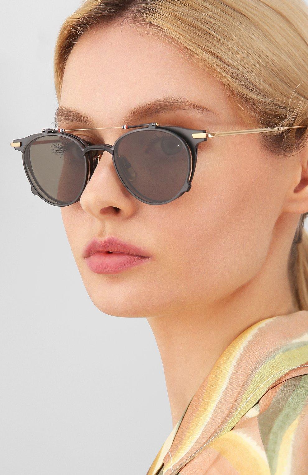 Женские солнцезащитные очки THOM BROWNE серого цвета, арт. TB-814-01 | Фото 2
