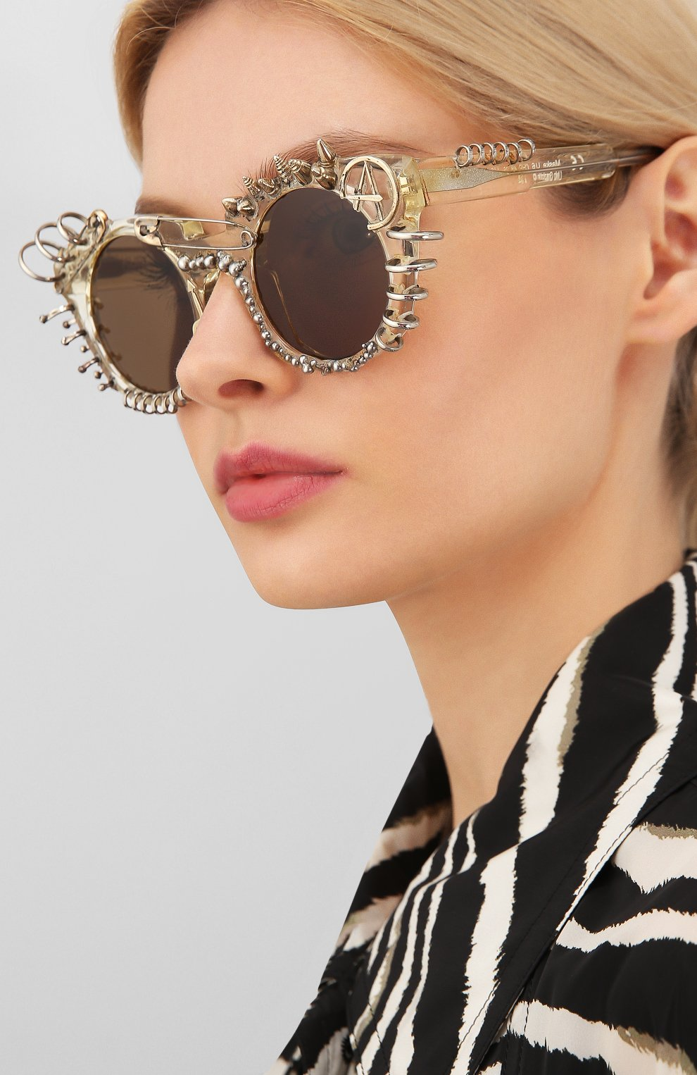 Женские солнцезащитные очки KUB0RAUM прозрачного цвета, арт. U6 CHP IN | Фото 2