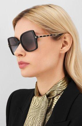 Женские солнцезащитные очки VALENTINO черного цвета, арт. 4072-50018G | Фото 2