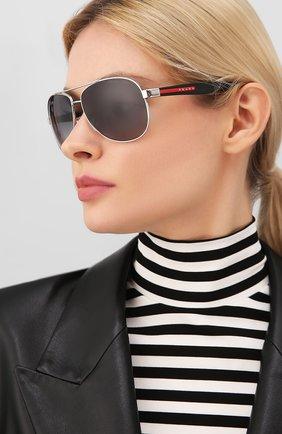 Мужские солнцезащитные очки PRADA LINEA ROSSA черного цвета, арт. 53PS-1BC5W1   Фото 2