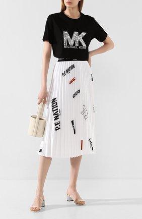 Женская хлопковая футболка MICHAEL MICHAEL KORS черного цвета, арт. MH95MCE97J | Фото 2