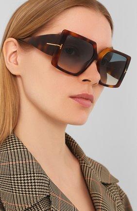 Женские солнцезащитные очки TOM FORD коричневого цвета, арт. TF790 53P   Фото 2
