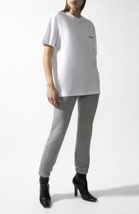 Женская хлопковая футболка VETEMENTS белого цвета, арт. UAH21TR501 1600/W   Фото 2
