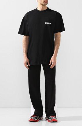 Мужская хлопковая футболка VETEMENTS черного цвета, арт. UAH21TR510 1600/M   Фото 2