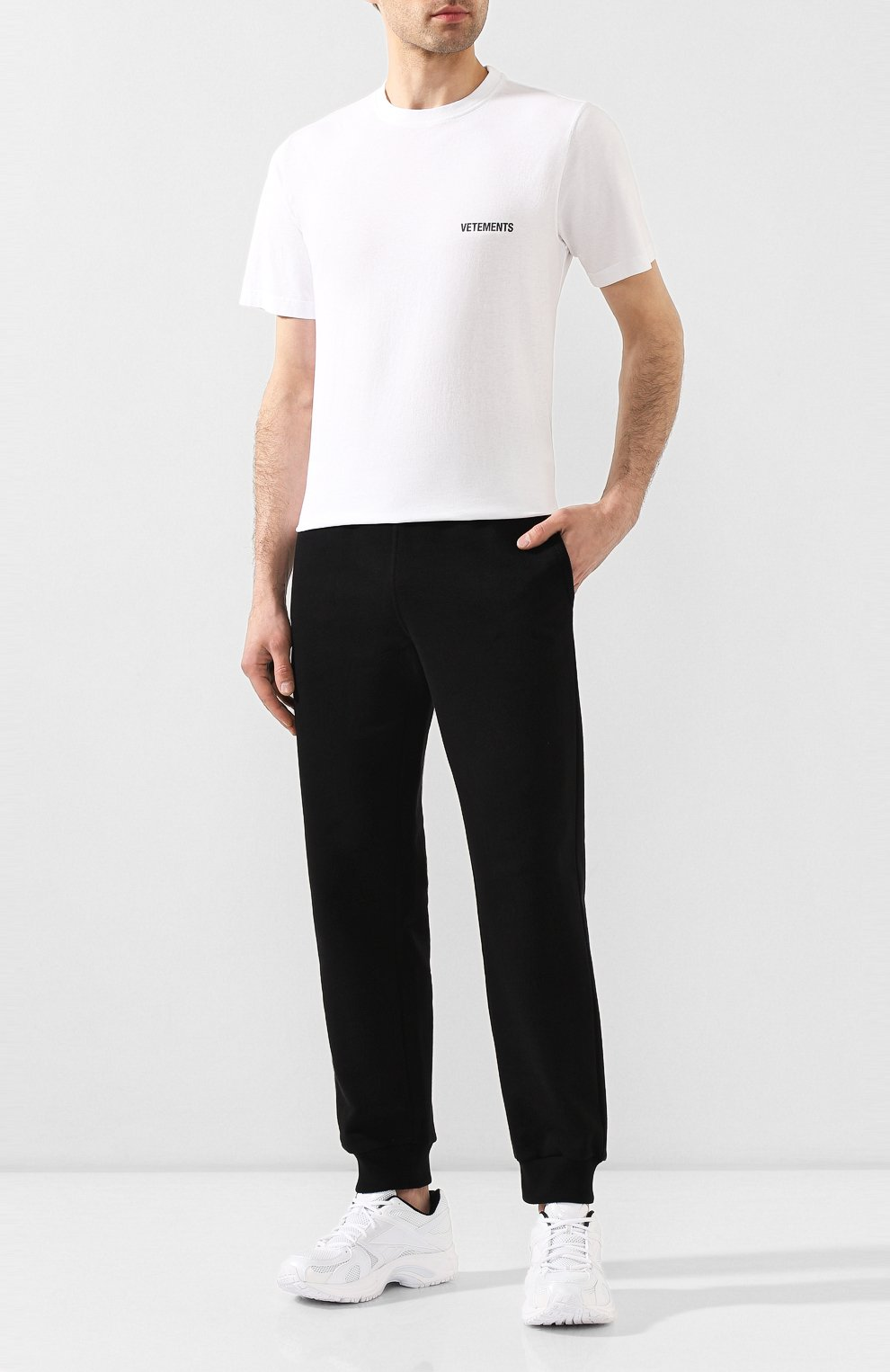 Мужская хлопковая футболка VETEMENTS белого цвета, арт. UAH21TR501 1600/M   Фото 2