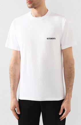 Мужская хлопковая футболка VETEMENTS белого цвета, арт. UAH21TR501 1600/M   Фото 3
