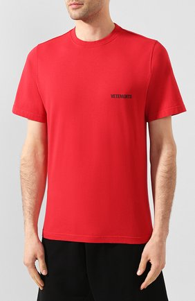 Мужская хлопковая футболка VETEMENTS красного цвета, арт. UAH21TR501 1600/M | Фото 3