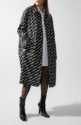 Женский плащ VETEMENTS черно-белого цвета, арт. UAH21JA028/1008 | Фото 1