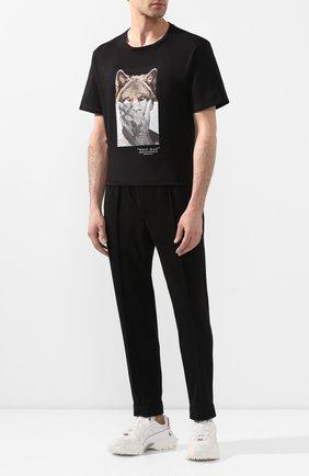 Мужской брюки NEIL BARRETT черного цвета, арт. PBPA799/P009 | Фото 2