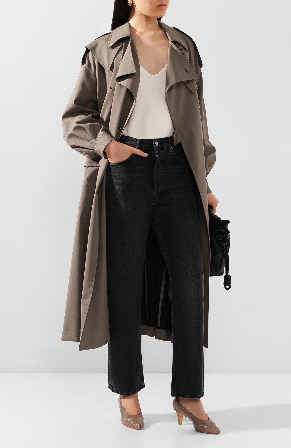 Женские джинсы AGOLDE серого цвета, арт. A069B-1157   Фото 2