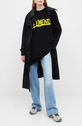 Женская хлопковая футболка VETEMENTS черного цвета, арт. UAH21TR618 1610/W | Фото 2