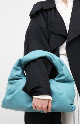 Женская сумка shoulder pouch BOTTEGA VENETA голубого цвета, арт. 610524/VCP40 | Фото 2