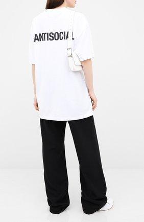Женская хлопковая футболка VETEMENTS белого цвета, арт. UAH21TR546 1600/W   Фото 2
