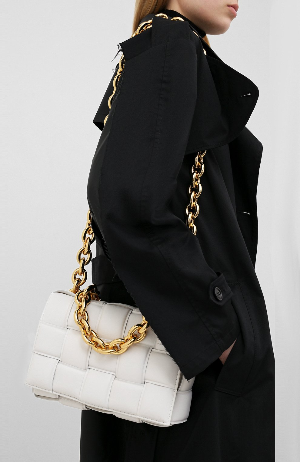 Женская сумка chain cassette BOTTEGA VENETA белого цвета, арт. 631421/VBWZ0 | Фото 5