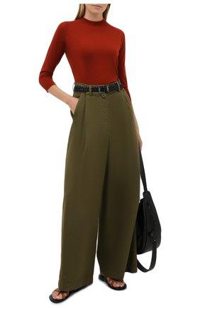 Женский кашемировый пуловер LORO PIANA красного цвета, арт. FAI4920 | Фото 2 (Материал внешний: Шерсть, Кашемир; Длина (для топов): Стандартные; Рукава: 3/4; Стили: Кэжуэл, Преппи, Классический, Минимализм; Женское Кросс-КТ: Пуловер-одежда)