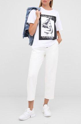 Женская хлопковая футболка EMPORIO ARMANI белого цвета, арт. 6H2T7L/2J30Z | Фото 2