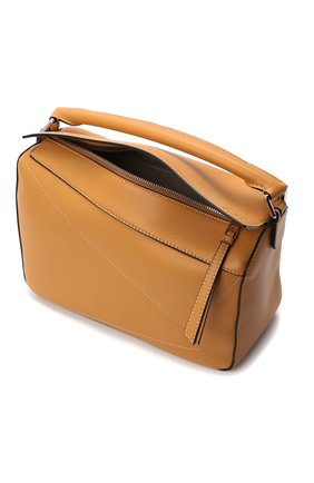 Женская сумка puzzle LOEWE бежевого цвета, арт. 326.77AC41 | Фото 4