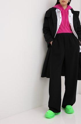 Женские комбинированные кроссовки triple s BALENCIAGA зеленого цвета, арт. 544351/W2CF1 | Фото 2