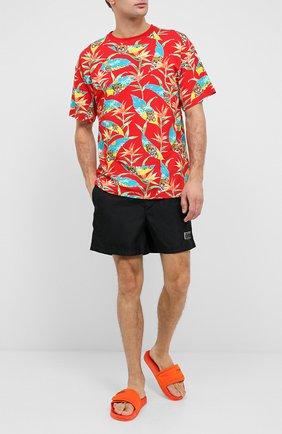 Мужская хлопковая футболка MOSCHINO красного цвета, арт. V1908/2316 | Фото 2