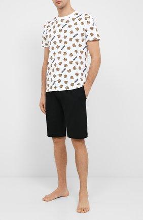Мужские хлопковая футболка MOSCHINO белого цвета, арт. A1908/8105 | Фото 2