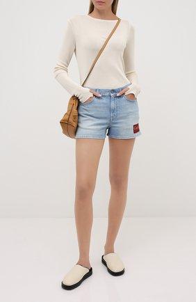 Женские джинсовые шорты GUCCI голубого цвета, арт. 583978/XDA6C | Фото 2
