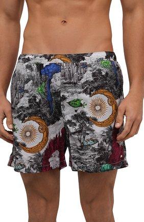 Мужские плавки-шорты  VALENTINO разноцветного цвета, арт. UV3UH0286FU | Фото 2 (Материал подклада: Синтетический материал; Материал внешний: Синтетический материал; Кросс-КТ: Пляж)