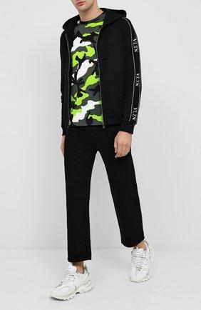 Мужские джинсы VALENTINO черного цвета, арт. UV3DE05Y6H8 | Фото 2